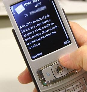 El SMS del cacerolazo