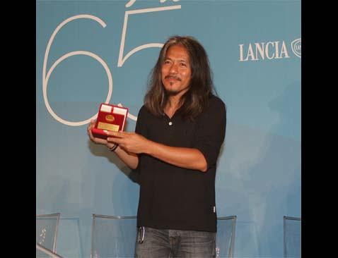 Premio_Orizzonti_para_Lav_Diaz por ti.