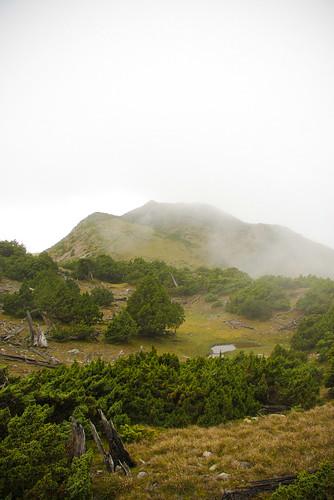 09/11 10:46: 遠望大水窟山