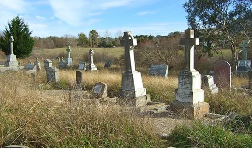 headstones - braidwood