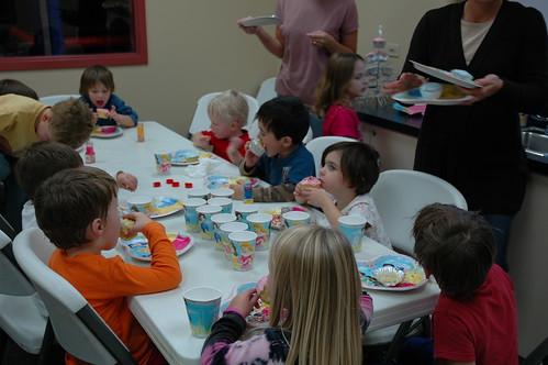 Decorating & Eating Cupcakes