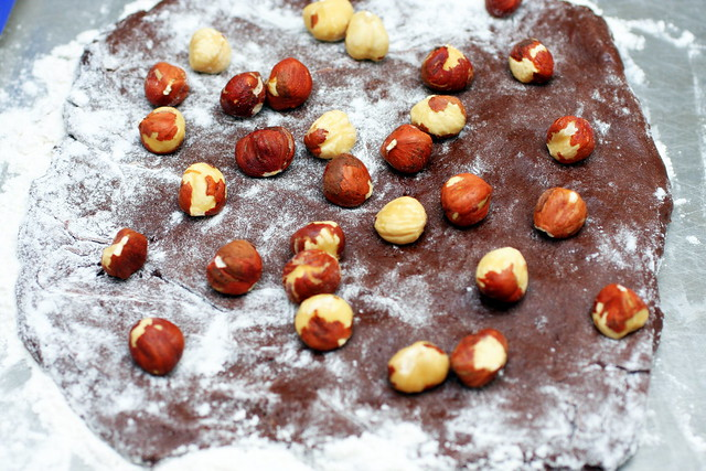 no good at skinning hazelnuts