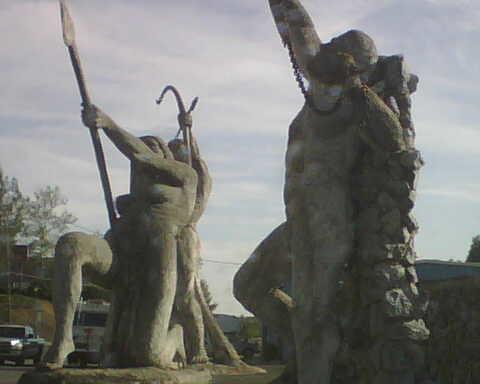Auburn weird statues #2