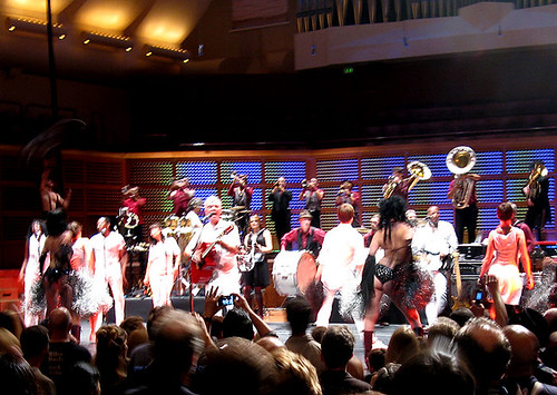David Byrne and the Extra Action Marching Band / from Jutta @ Flickr