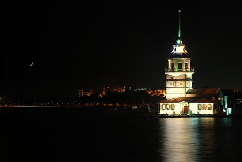AyKız Kulesi by ~~Nesriin~~.
