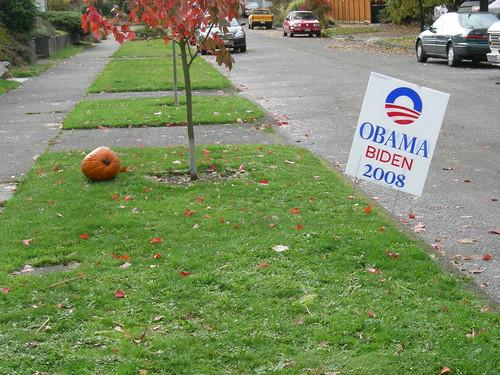 Obama, Biden & Pumpkin