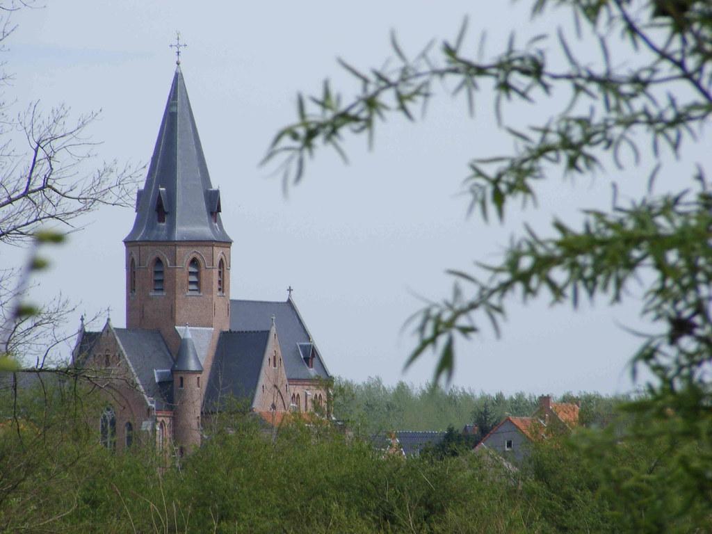 kerk over schelde Kastel
