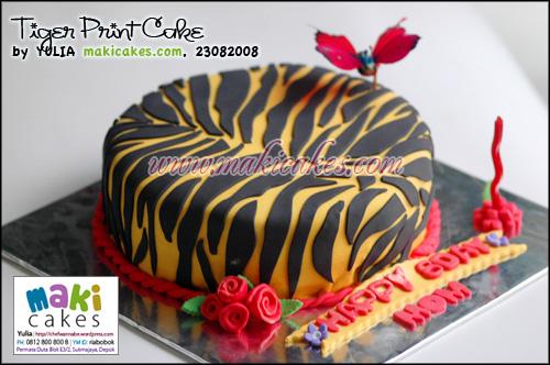 Tiger Print Bday Cake__ - Maki Cakes