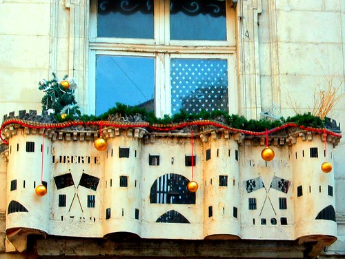 The Bastille above the cafe of the same name is decorated for Christmas. Just like it was when it was a real prison, Im sure.