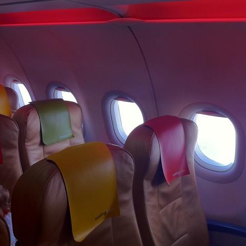 Interior del avión #flyMe de @vueling_es ¡asie...