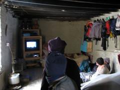 La sala de descanso de los Serpas... con tele y todo