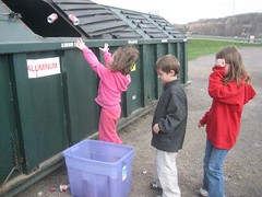 Recycling with children
