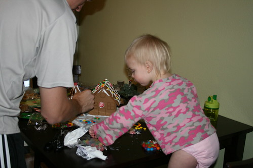 Gingerbread-house building
