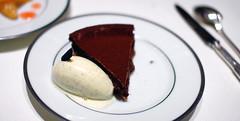 Dessert: Tarte Fine Sablée au Cacao Amer