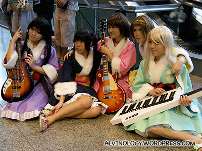Chinese instrumentalists cosplayers