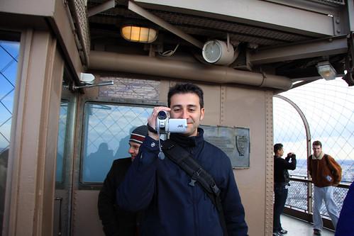 David y yo enfrentados con una cámara cada uno