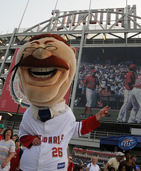 Washington Nationals racing presidents' Teddy Roosevelt at Nationals Park