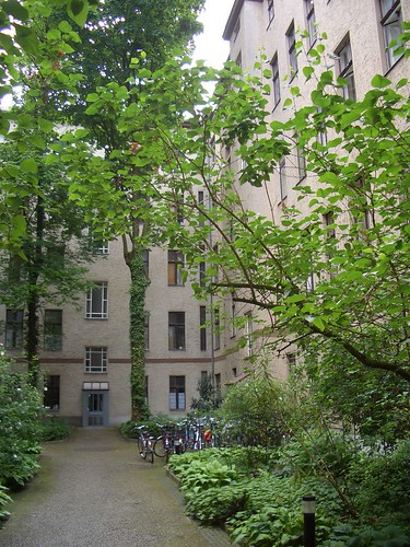 חצר הפנסיון בברלין