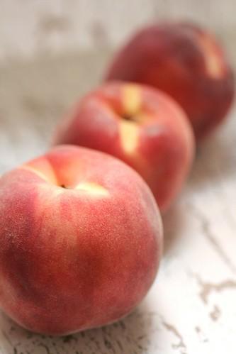 Peachs in a row