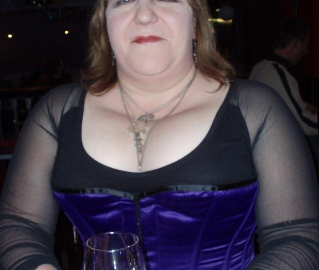 Halloween Burlesque Nite Nicola_r Tags Halloween Lesbian Out Kiss Bbw Dragons Corset Dyke