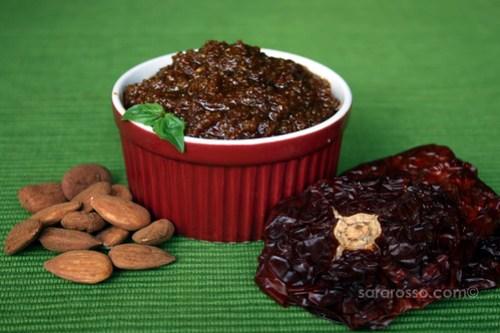 Pesto Garganico: Almonds, Sundried Tomatoes and Basil Pesto