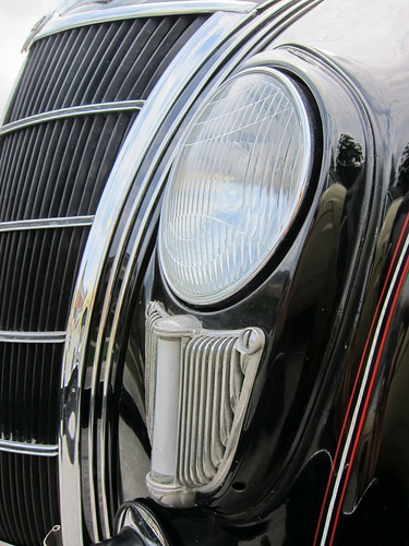 1935 Chrysler Airflow f