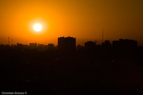 """Atardecer de Buenos Aires • <a style=""""font-size:0.8em;"""" href=""""http://www.flickr.com/photos/20681585@N05/2593758447/"""" target=""""_blank"""">View on Flickr</a>"""