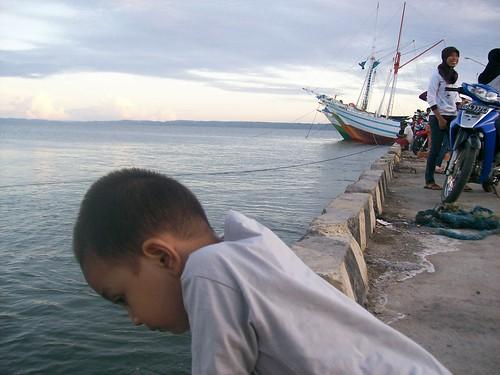 Azzam di Pelabuhan Larea-rea Kab. Sinjai