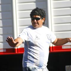 Diego Maradona. Dame 5, amigo!
