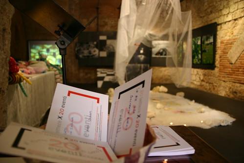 Cestino di raccolta lettere, in occasione di una mostra di Francesca Cocchi