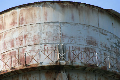 Alcatraz_Island_Wilson_photo_16_graffiti_water_tank_graffiti