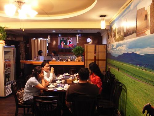 帕米爾新疆餐廳:最先到的五位