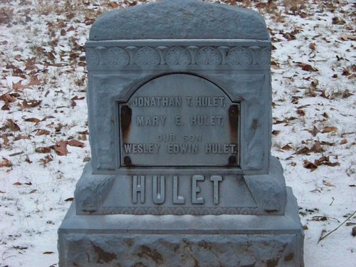 Hulet Monument