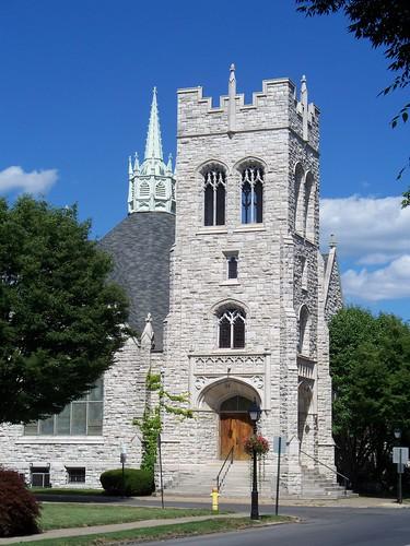 First Baptist Church - 420 West Fourth Street