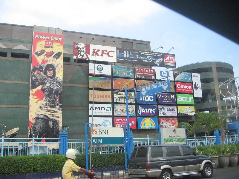 Daftar Mall-mall Di Surabaya