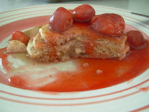 pancakes with strawberries 004