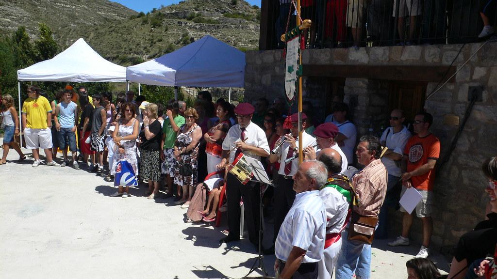 Gaiteros acompañando a los grupos de danzas