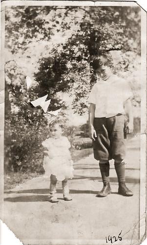 Lucielle and Bill Neuman 1925.jpg