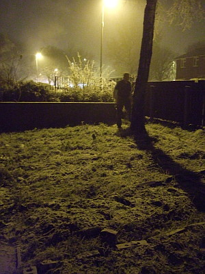 taken around 8pm. That mist you can see is not mist, its very dry, fine snow.  And yes, thats Michiel you can see there.