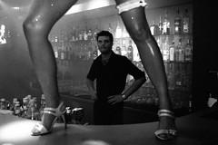 Latvian night club colonnade - barman like dancer's legs ))  por sickenigly