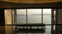 14.從樓層電梯間眺望日月�湖景