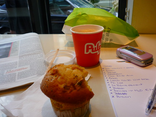Breakfast at Pulp in Brussels with my to-do list...
