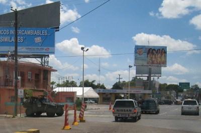 A 2008 file photo of the Laredo-Nuevo Laredo border crossing - Photo: Diego Graglia/newyorktomexico.com