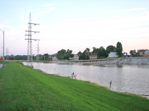 Photographer Matt Huff, on Flickr, labeled this photo, looking towards Lemay near the mouth of the river as, The River des Peres looks so much better when flooded.