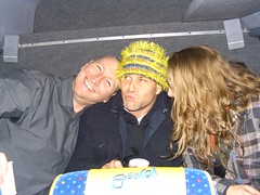 One evening, Jessie (Skoopy La Femme Catcus), Anna, Mathieu and Warren were kidnapped in a yellow bus by David and Bob.