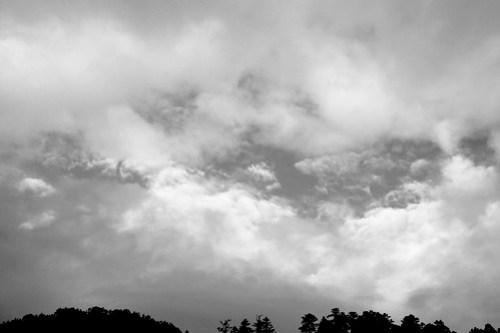 06.08 / 05:48 / 雲開