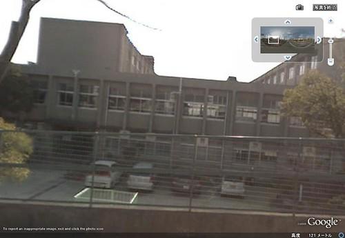 Nishiochiai Middle School (Seen from the East)