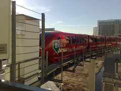 here comes the monorail! Las vegas