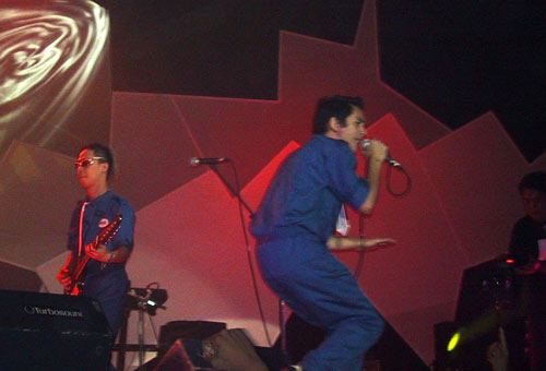 Rico Blanco with Rivermaya at 2002 Rock Awards