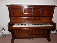 Richard Lipp upright Piano